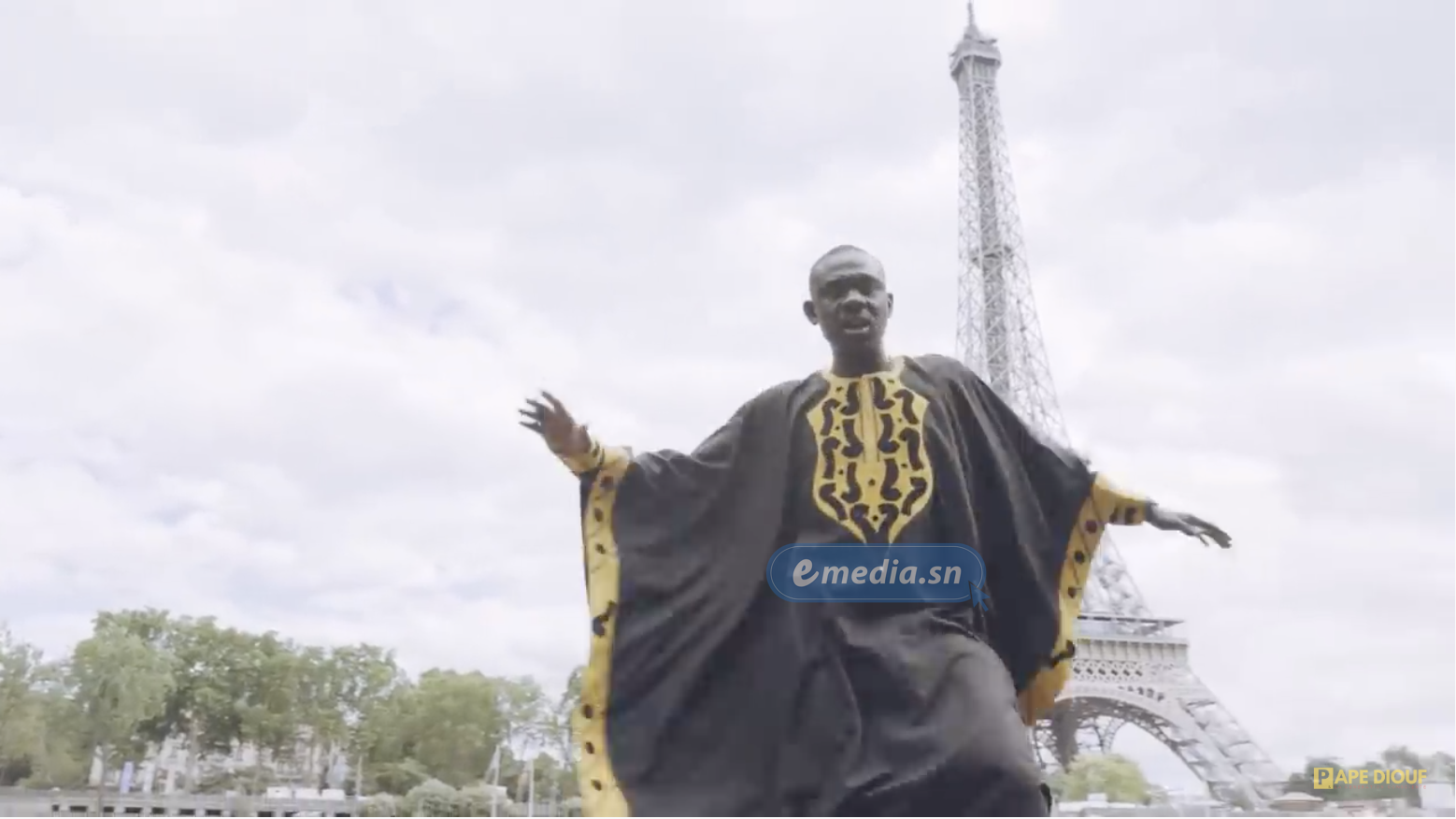 [VIDEO] : PARIS - DAKAR, LE SINGLE QUI ANNONCE LE NOUVEAU PAPE DIOUF